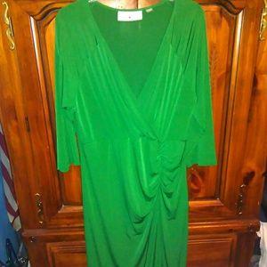 Avenue Green Midi length dress